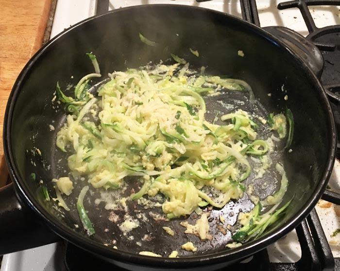 10-Minute Zucchini Fettucini